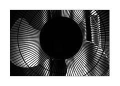 rounds (Armin Fuchs) Tags: arminfuchs lavillelaplusdangereuse universityofmusic würzburg fan light shadow stripes silver fullmoon vollmond