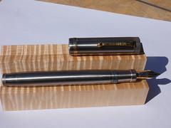 P1040345 (Dr Codfish) Tags: chris thompson ti replplica duofold 2006 parker senior titanium replica ca