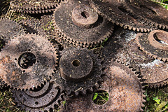 Rusty Machine Parts (alison's daily photo) Tags: rustymachineparts rust metal cogs 119picturesin2019 62119junk 52in2019challenge 2652discarded