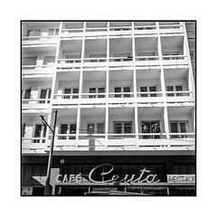 watchers • porto, portugal • 2019 (lem's) Tags: watchers women balconies building veilleuses femmes balcons immeuble porto portugal architecture rolleiflex t