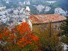 S. Maria di Siaris / sv. Marija na Pečeh (Vid Pogacnik) Tags: italy italia valrosandra glinščica stamaria church old autumn outdoors hiking