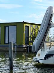 Blossin_e-m10_1018118994-1 (Torben*) Tags: rawtherapee olympusomdem10 sigma60mmf28dn brandenburg blossin familie standuppaddling wolzigersee hafen marina boot boat