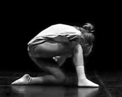 Dance ¬ 3003 (Lieven SOETE) Tags: young junge joven jeune jóvenes jovem feminine 女士 weiblich féminine femminile mulheres lady woman female vrouw frau femme mujer mulher donna жена γυναίκα девушка девушки женщина краснодар krasnodar body corpo cuerpo corps körper dance danse danza dança baile tanz tänzer dancer danseuse tänzerin balerina ballerina bailarina ballerine danzatrice dançarina modern moderne современный moderno moderna hedendaags contemporary zeitgenössisch contemporain contemporánean sensual sensuality sensuel sensuale sensualidade temptation sensualita seductive seduction sensuell sinnlich