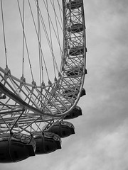 Looking Up at the London Eye (3 of 3) (Patricia Wilden (Away until February)) Tags: lookingup london ©patriciawilden2019 lumixdmcg1k southbank blackandwhite moon monochrome londoneye structure 17nov2018 sightseeinglondon landmark metal ride pov 14mar2018
