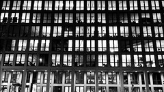 Architektur 238 HB 114 ei8 2019 sw (Frank S aus HB) Tags: 5sterne 500px architecture bremen building cityscape digital eiphone facade facadedetail fotoforum grid gridpattern illuminated infront inpublic iphone iphoneography lighting lights lines night nightlights nightshot office officebuilding pattern repetitive repetitivestructure saphd silhouettes storeys urban urbanarchitecture urbanlife windowfront windows working workplace zuhause