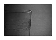(David Ian Ross) Tags: glass etched 20thc detail tumbler détail verre gravé vide empty study manual lens macro manuel lentille objects objets observation nikon gris neutre neutral grey wienerisch petites choses little things water eau withtripodlegreflection delicate délicat fein