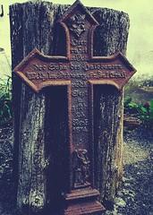 Fundstück (claudine6677) Tags: kreuz cross rusty rostig eisern eisen metall