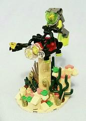 Mini-Sub Mod (LegoHobbitFan) Tags: lego moc creation build model atlantis minisub mini sub polybag underwater ocean sea water ruins tan diver