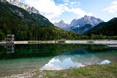 Triglav National Park (mireiatarres) Tags: nature outside landscape paisajes water green blue reflections lake forest