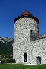 Tower @ Château des Sires de Faucigny @ Bonneville (*_*) Tags: 2019 ete summer august afternoon sunny europe france hautesavoie 74 bonneville faucigny savoie mountain castle chateau medieval chateaudessiresdefaucigny tower tour
