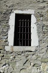 Jail bars @ Chemin de la Porte du Château @ Château des Sires de Faucigny @ Bonneville (*_*) Tags: 2019 ete summer august afternoon sunny europe france hautesavoie 74 bonneville faucigny savoie mountain castle chateau medieval chateaudessiresdefaucigny rue chemin path
