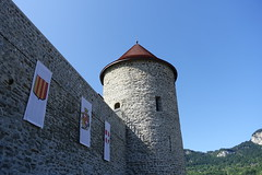 Château des Sires de Faucigny @ Bonneville (*_*) Tags: 2019 ete summer august afternoon sunny europe france hautesavoie 74 bonneville faucigny savoie mountain castle chateau medieval chateaudessiresdefaucigny tower tour