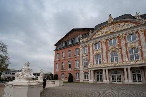 17817-Trier