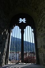 Window @ Château des Sires de Faucigny @ Bonneville (*_*) Tags: 2019 ete summer august afternoon sunny europe france hautesavoie 74 bonneville faucigny savoie mountain castle chateau medieval chateaudessiresdefaucigny