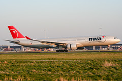 N805NW (PlanePixNase) Tags: amsterdam ams eham schiphol planespotting airport aircraft nwa northwest airbus 330 330300 a333