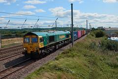 66551 (aledy66) Tags: 66551 436x 1057 london gateway frghtliner leeds flt sony dsc rx10m4 rx10iv rx10 diesel freight train engine loco locomotive railway railroad track rail bridge freightliner