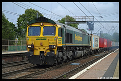 No 66529 14th Aug 2019 Ipswich (Ian Sharman 1963) Tags: no 66529 14th aug 2019 ipswich class station engine railway rail railways railfreight train trains loco locomotive freightliner geml great eastern mainline 66 86