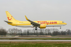 D-AHLR (PlanePixNase) Tags: aircraft airport planespotting haj eddv hannover langenhagen boeing 737800 737 b738 tui tuifly