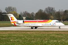 EC-IDC (PlanePixNase) Tags: aircraft airport planespotting haj eddv hannover langenhagen iberia airnostrum canadair 200 crj crj200 crj2