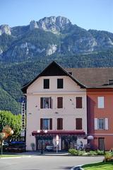 Trompe l'Oeil @ Bonneville (*_*) Tags: 2019 ete summer august afternoon europe france hautesavoie 74 bonneville faucigny savoie mountain