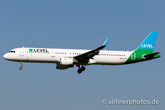 OE-LCP (Airlinerphotos.de) Tags: a321 ams level