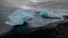 Diamond beach, Jökulsárlón (Iceland) (christian.rey) Tags: jökulsárlón diamond beach iceland islande sony alpha a7r2 a7rii 1635 nd1000 paysage landscape seascape ice blue glaces plage diamants poselongue longexposure