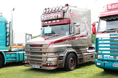 Sanders International Scania T124L OW02WAA Malvern Truckfest 2019 (davidseall) Tags: sanders international scania t124l 420 ow02waa ow02 waa malvern truckfest show 2019 t cab tcab truck lorry tractor unit artic large heavy goods vehicle lgv hgv haulage transport vabis worcestershire uk v8