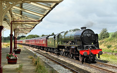Smithy's Scot's Back. (Neil Harvey 156) Tags: railway steam steamengine lms royalscot steamloco hellifield 46115 testtrain settletocarlislerailway scotsguardsman mainlinesteam hellifieldstation 5m50 stanier wcrc westcoastrailways