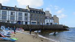 Wind surf in Landéda (Aber Wrac'h) (Sokleine) Tags: landéda wrach aberwrach windsurf plancheàvoile 29 finistère finistèrenord bretagne brittany france heritage