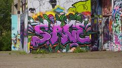 Oldenburg - ( Utkiek / street: Eidechsenstraße ) 835th picture / Graffiti, street art (tusuwe.groeber) Tags: projekt project lovelycity graffiti germany deutschland lowersaxony oldenburg city streetart niedersachsen farbig farben favorit colourful colour sony sonyphotographing nex7 bunt red rot art gebäude building gelb grün green yellow eidechsenstrase konzept concept wall wand utkiek halloffame landfill mülldeponie wandgestaltung