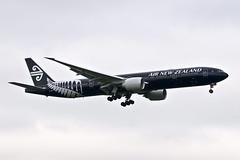 ZK-OKQ_20190626_LHR_51491_M (Black Labrador13) Tags: zkokq boeing 777 b777 777300 777319 air new zealand lhr egll avion plane aircraft vliegtuig airliners civil all blacks