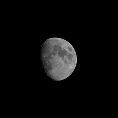 Lune (yeantbron) Tags: night sky astrophotography astrophotographie astrophoto astro star adventurer moon lune