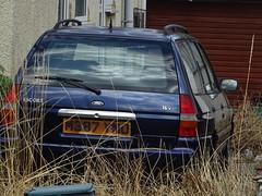 1995 Ford Escort 1.8 Ghia 16v (Neil's classics) Tags: 1995 ford escort 18 ghia 16v touring station wagon estate abandoned car