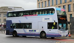 Diamond Bus North West (on lease from First Group) 33677 SN12AEY working  on the Manchester - Bolton 36 trunk route. (Gobbiner) Tags: e400 diamondbusnorthwest sn12aey bolton enviro 33677 diamondbusescom adl rotala firstmanchester firstgroup