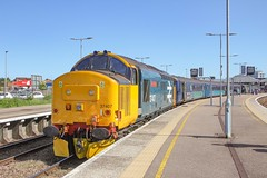 37407 with 2P27 1617 Great Yarmouth - Norwich 14/06/19. (chrisrowe37419) Tags: