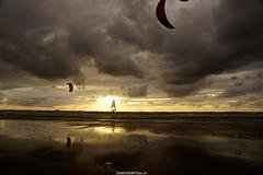DSC09099 (ZANDVOORTfoto.nl) Tags: sunset sunsets zandvoort aan zee netherlands sea northsea noordzee ondergaandezon zonsondergang nederland surf surfer sun windsurf windsurfing coast sail