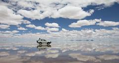Entre las nubes (Jhaví) Tags: uyuni salar bolivia reflections light water