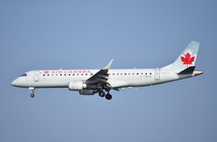 C-FMZW ERJ190 Air Canada (corrydave) Tags: cfmzw erj190 erj embraer aircanada 19000124 boston