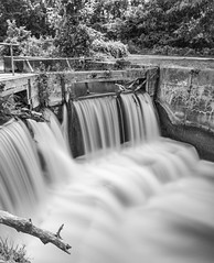 L&D24 Waterfall (114berg) Tags: 10august19 lock dam 24 hennepin canal doors waterfall long exposure 10stop nd filter cable release geneseo illinois
