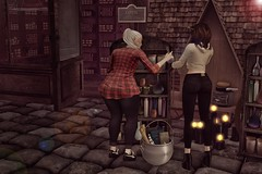 Vitrac Diagon shopping trip (The Troll Bridge) Tags: diagonalley hogwarts mischiefmanaged potions secondlife second life sl