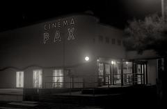 Pax - 1 (Franck Huet) Tags: analog analogue leica m3 leitz 50mm kodak trix 400 d76 summarit cinéma movie pax quend picardie somme longexposure