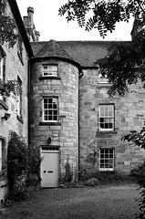 Scotland00093.jpg (thalgyur) Tags: kodaktrix400 2014 scotland scotland2014 leicam7 imagicaslab 35mm noritsuls600 bw
