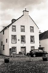 Scotland00098.jpg (thalgyur) Tags: kodaktrix400 2014 scotland scotland2014 leicam7 imagicaslab 35mm noritsuls600 bw