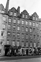 Scotland00184.jpg (thalgyur) Tags: kodaktrix400 2014 scotland scotland2014 leicam7 imagicaslab 35mm noritsuls600 bw