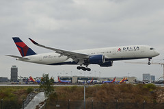 Delta Air Lines A350-941 (N512DN) LAX Approach (2) (hsckcwong) Tags: deltaairlines a350941 n512dn a350900 a350 lax klax