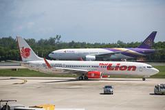 2019_07_24 HKT stock-11 (jplphoto2) Tags: 737 737900 777 777200 boeing737 boeing777 hkt hsltm hstjs jdlmultimedia jeremydwyerlindgren phuket phuketinternationalairport thaiairways thaiairways777200 thailion thailion737900 vtsp aircraft airline airplane airport aviation