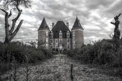 Château de Saint-Élix-le-Château (Pittou2) Tags: luc nx samung france byluc pittou2 balade paysagedefrance saintélixlechâteau château hdr