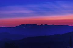 CALA LA NOTTE SU TOLFA   ---   THE NIGHT ON TOLFA FALLS (Ezio Donati is ) Tags: notte night panorama landscape cielo sky profili profiles natura nature italia lazio montagneditolfa canalemonterano colori colors