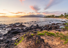 Kamaole Beach 2 - Maui - Hawaii (alessio.vallero) Tags: kihei hawaii unitedstatesofamerica maui kamaole seascape sunset colors beautiful sony rocks landscape island