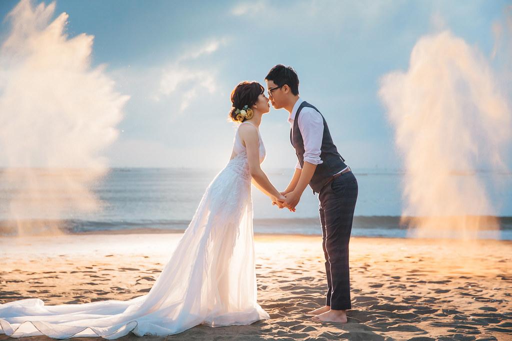 台南自助婚紗|千畦種子博物館、四草海灘、黑森林浪漫婚紗一次給你|White wedding 白色婚禮 手工婚紗